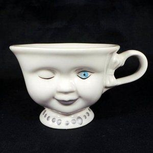 Bailey's Winking Face Cup Helen Hunt Signed